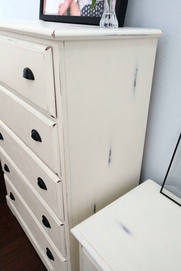 distressed points on the country chic dresser makeover