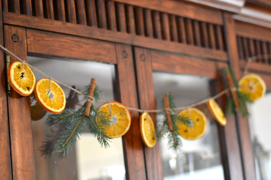 full view of the dried orange garland